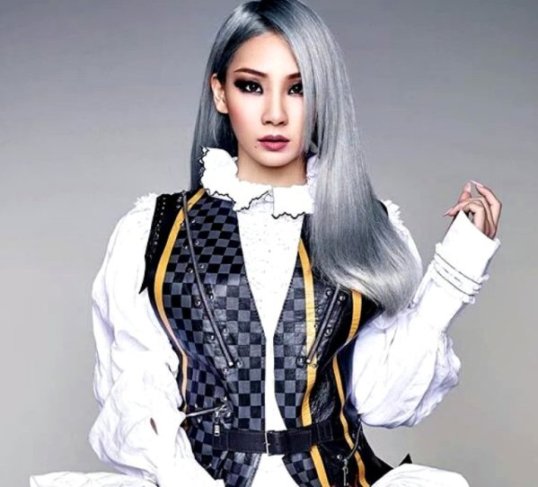 cl-x-elle-magazine-may-2016